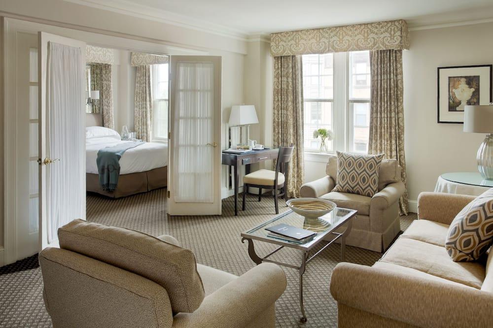 Luxury Suite, 1 Queen Bed with Sofa bed - Guest Room