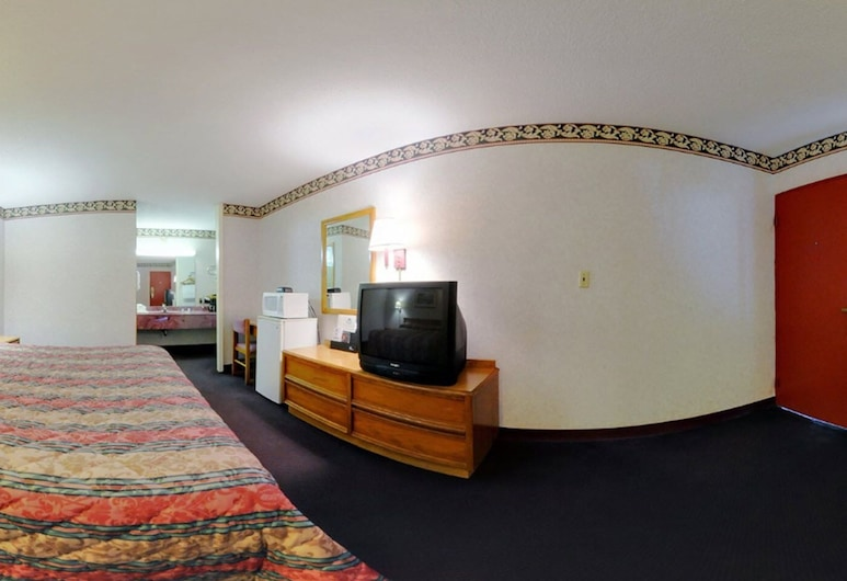 Americas Best Value Inn & Suites Macon at Eisenhower Pkwy, Macon, Suite, 1 Tempat Tidur King, non-smoking, Kamar Tamu