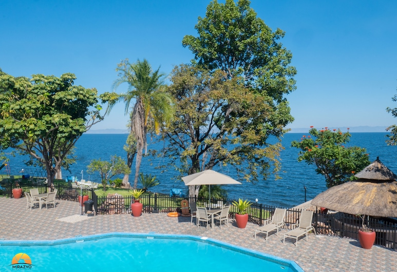 Caribbea Bay Resort, Kariba, Outdoor Pool