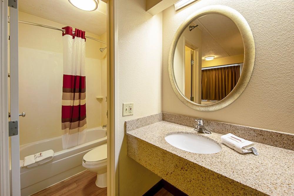 Номер категорії «Superior», 2 двоспальних ліжка (Smoke Free) - Ванна кімната