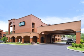 Picture of Quality Inn & Suites in Jacksonville