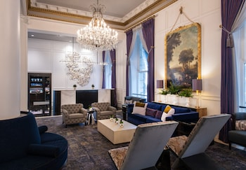 Picture of Le Pavillon Hotel in New Orleans