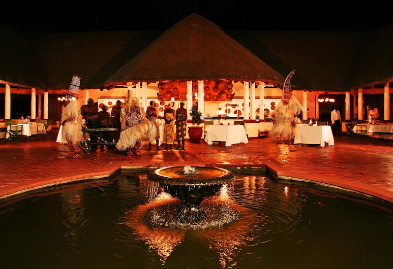 The Victoria Falls Hotel, Victoria Falls, Fountain