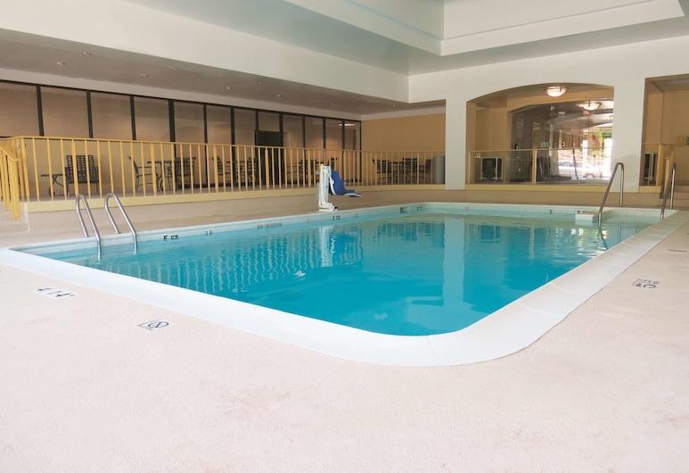 斯坦福/紐約市溫德姆拉昆塔套房飯店, 斯坦福, 游泳池