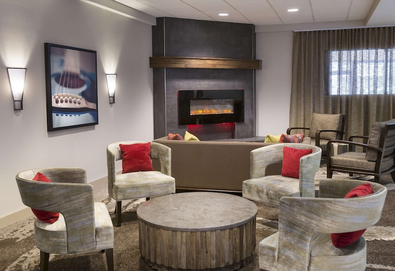 DoubleTree Suites by Hilton Nashville Airport, Nashville, Lobby