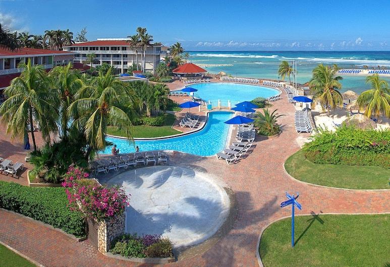 牙買加蒙特哥灣全包式假日渡假飯店, 蒙特哥灣