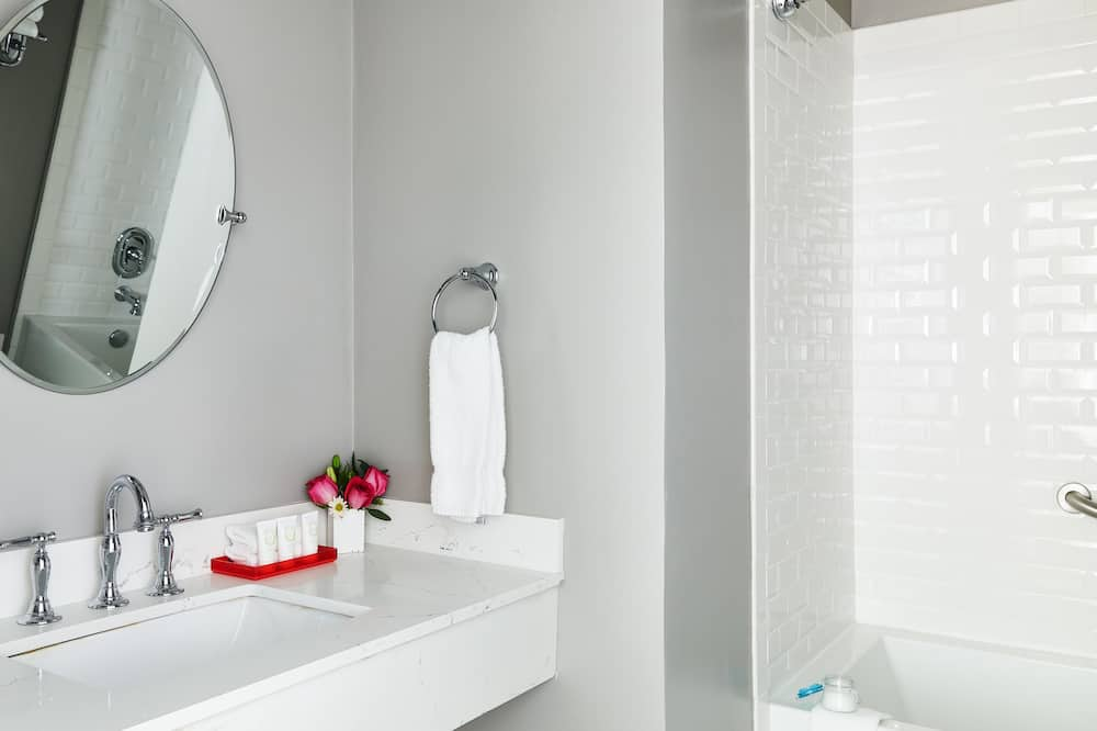 デラックス ルーム 暖炉 - バスルームのシンク