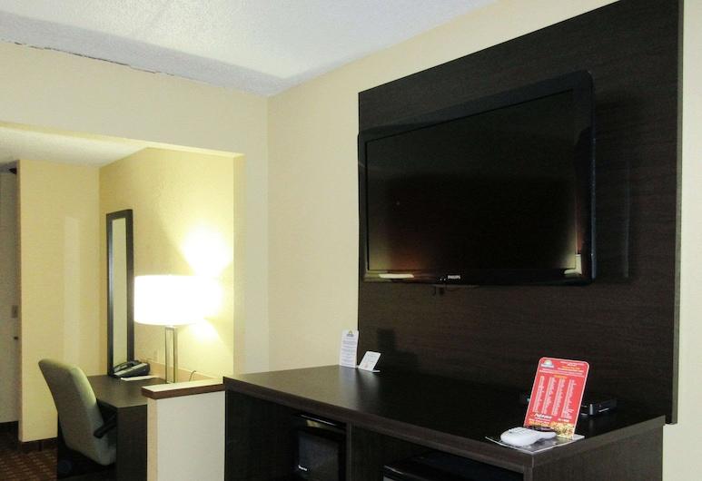 Quality Inn & Suites, Benton Harbor, Luksusa numurs, 1 divguļamā karaļa gulta un dīvāngulta, nesmēķētājiem, Viesu numurs