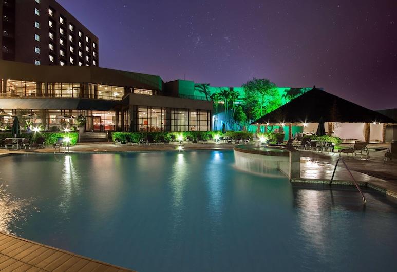 Sao Paulo Airport Marriott Hotel, Guarulhos, Mặt tiền khách sạn - Ban đêm