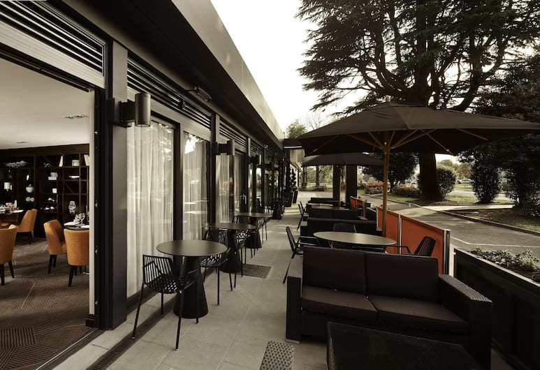 DoubleTree by Hilton London - Ealing Hotel, London, Terrass