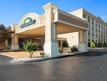 Picture of Days Inn Rome Downtown in Rome