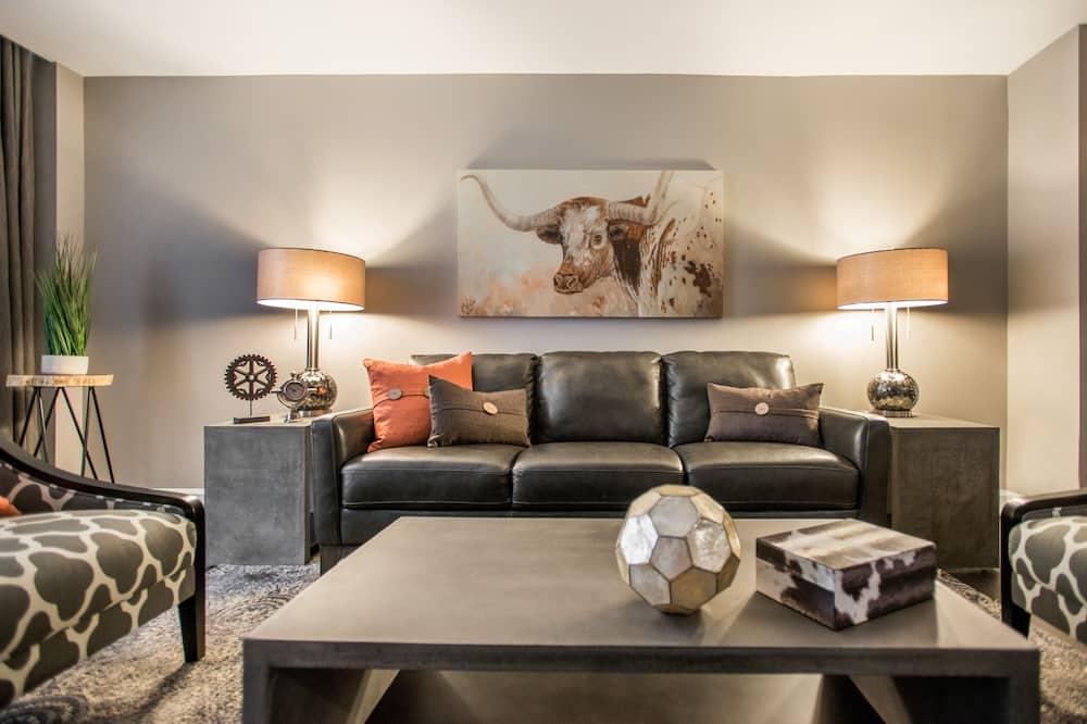 Executive Loft, 1 King Bed - Living Area