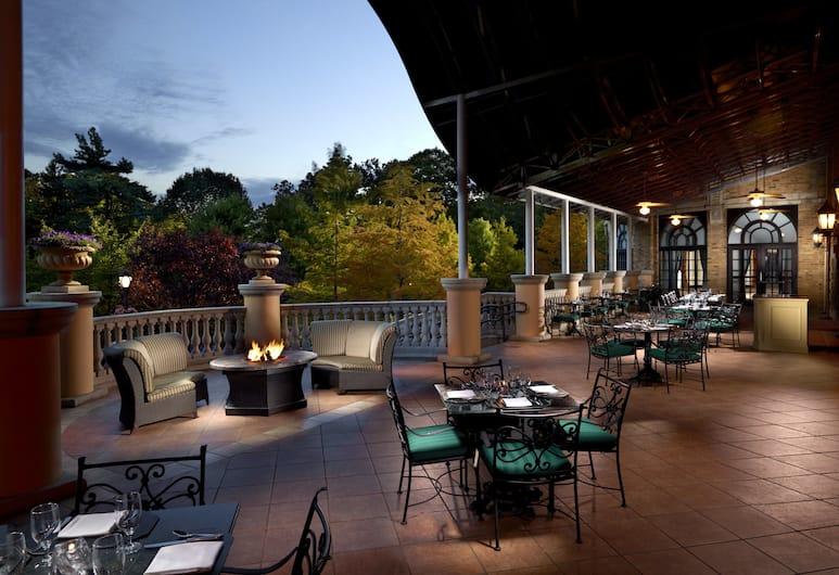 Omni Shoreham Hotel, Washington, Exterior