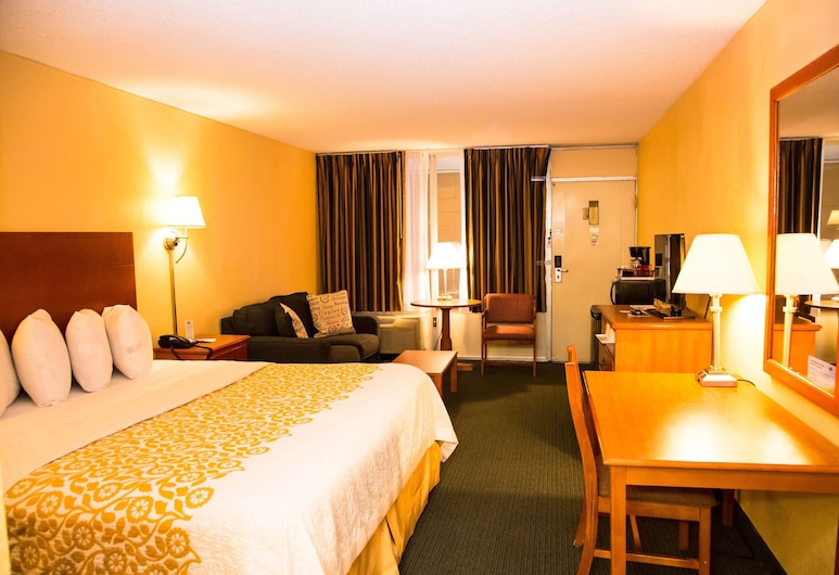 Days Inn by Wyndham Alexandria South, Alexandria, Standard Room, 1 King Bed, Non Smoking, Guest Room