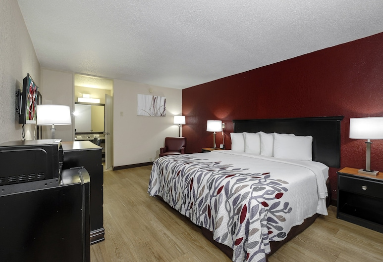 Red Roof Inn Hot Springs, Hot Springs, Superior Room, 1 King Bed, Non Smoking, Guest Room