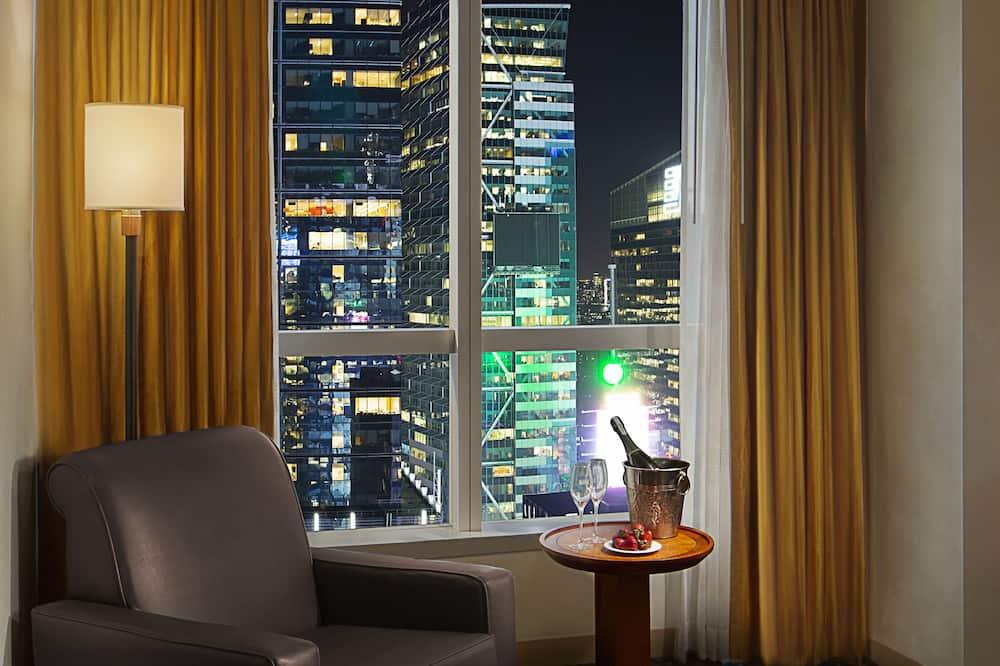 Premier-Zimmer, 2Doppelbetten (Ball Drop View) - Ausblick vom Zimmer