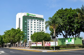 Enter your dates for special Zapopan last minute prices