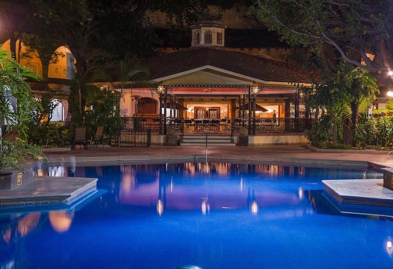 瓜達拉哈拉博覽會假日酒店, 薩波潘, 泳池