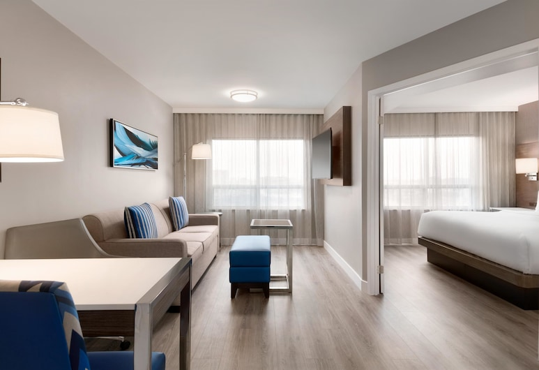 Embassy Suites by Hilton Montreal Airport, Pointe Claire, Quarto