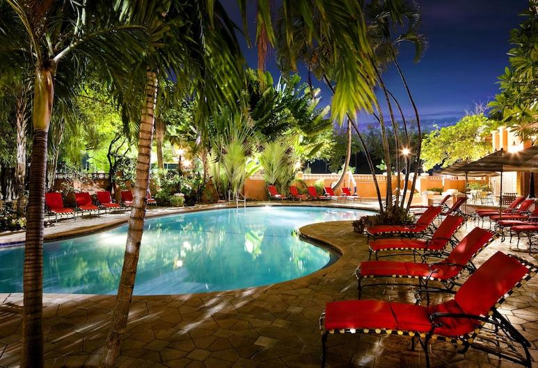 Sheraton Suites Fort Lauderdale at Cypress Creek, Fort Lauderale, Venkovní bazén
