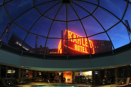 Kahler Grand Hotel Rochester United States Of America Rochester Hotel Discounts Hotels Com
