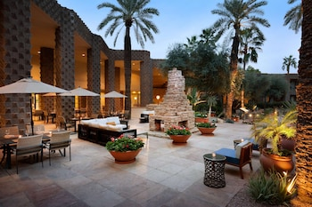 Picture of DoubleTree Resort by Hilton Paradise Valley - Scottsdale in Scottsdale