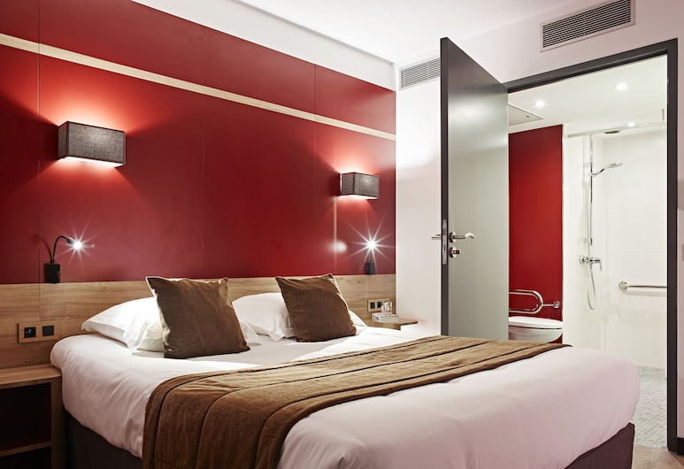 Median Paris Congres Hotel, Paris, Standard Double Room, Guest Room