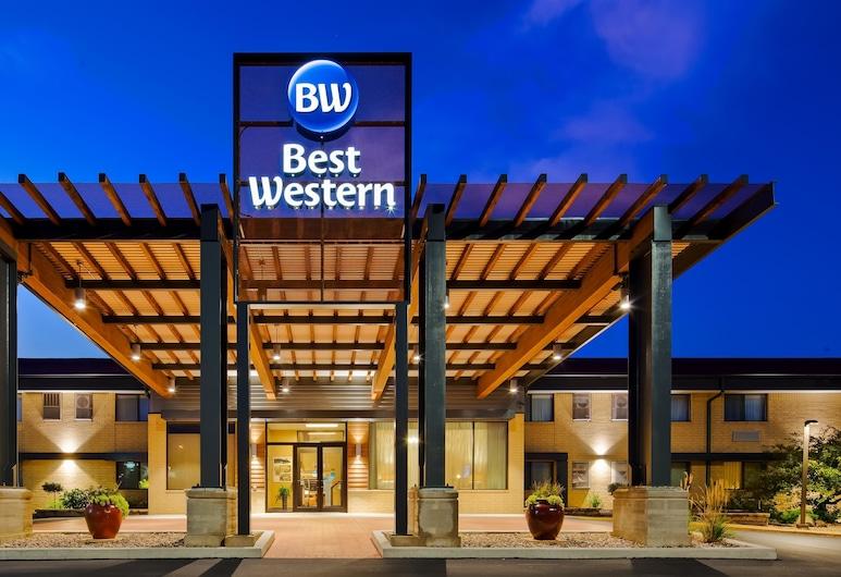 Best Western West Towne Suites, Madison, Otelin Önü