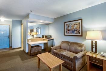 Picture of Red Lion Inn & Suites Seaside in Seaside