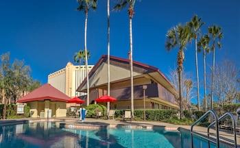 Gambar Midpointe Hotel by Rosen Hotels & Resorts di Orlando