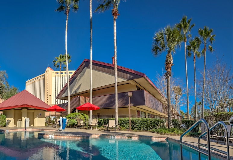 Midpointe Hotel by Rosen Hotels & Resorts, Orlando, Outdoor Pool