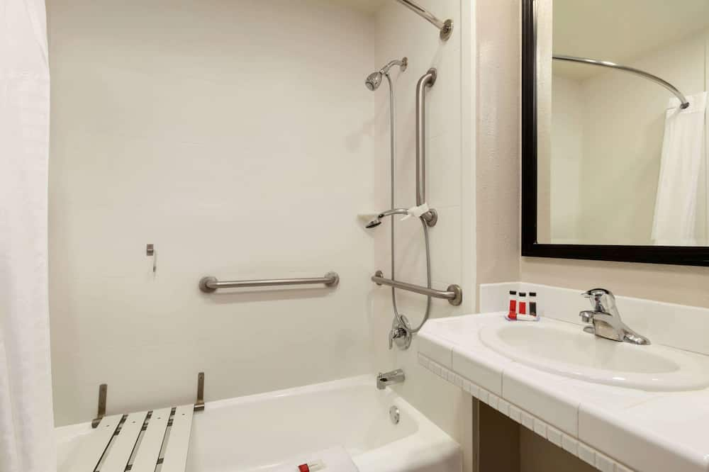 Phòng, 1 giường cỡ king, Phù hợp cho người khuyết tật - Phòng tắm
