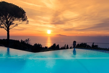 Enter your dates to get the Anacapri hotel deal