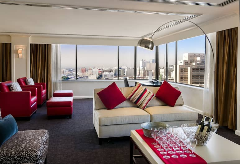 DoubleTree by Hilton Hotel Los Angeles Downtown, Los Angeles, Presidential Suite, 1 King Bed, Guest Room View