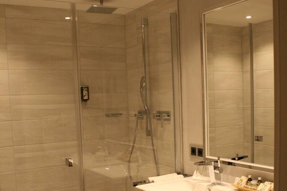 غرفة رباعية - غرفتا نوم - لغير المدخنين (Air Conditioning) - حمّام