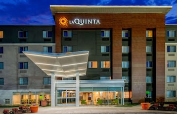 Foto van La Quinta Inn & Suites by Wyndham Baltimore BWI Airport in Linthicum Heights