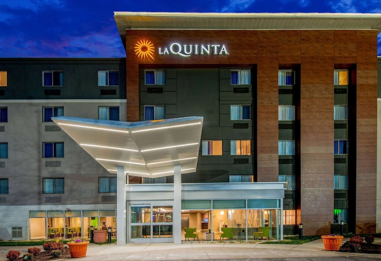 La Quinta Inn & Suites by Wyndham Baltimore BWI Airport, Linthicum Heights