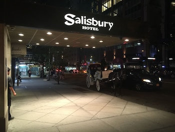 Picture of Salisbury Hotel in New York
