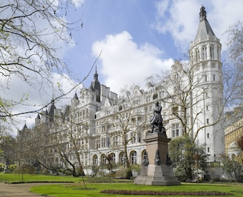 Picture of The Royal Horseguards in London