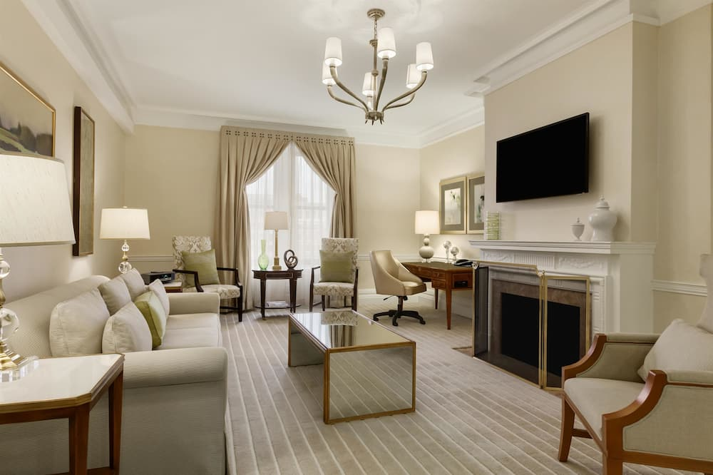 Presidential Suite, 1 King Bed, Non Smoking, Park View - Guest Room