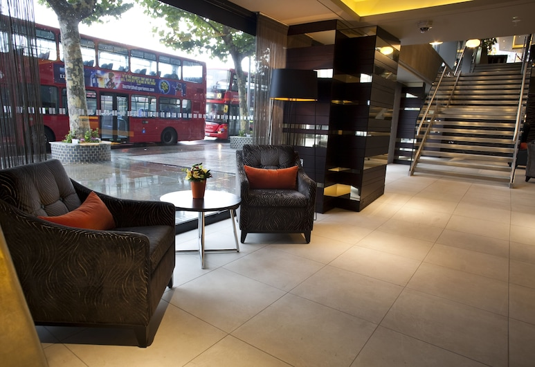 Hilton London Olympia, London, Lobby Sitting Area