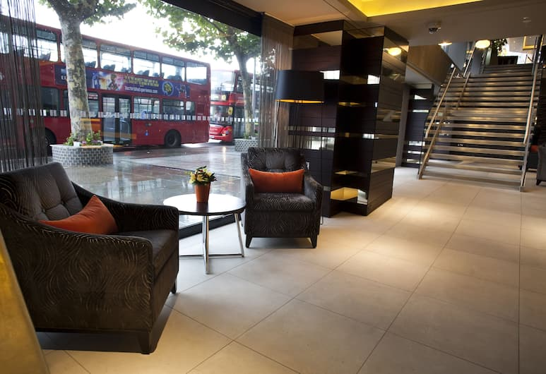 Hilton London Olympia, London, Siddeområde i lobby