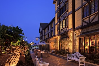Picture of The Cheshire in Richmond Heights