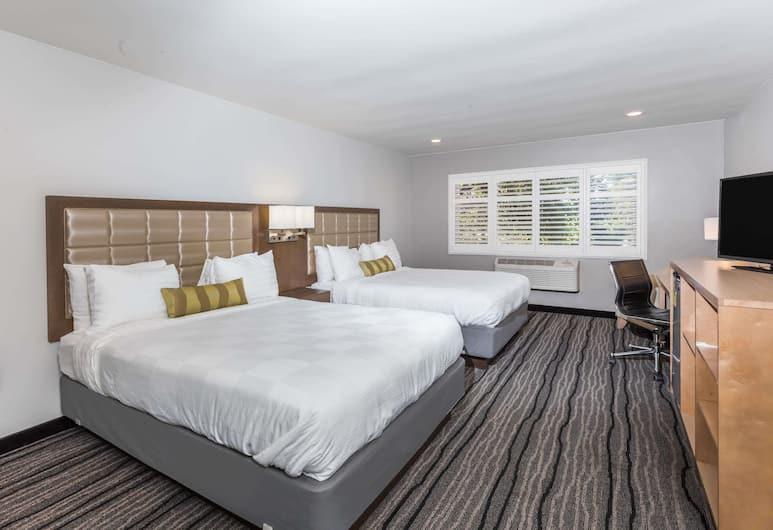 Travelodge by Wyndham Berkeley, Berkeley, Soba, 2 queen size kreveta, za nepušače, Soba za goste