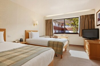 Enter your dates to get the Basingstoke hotel deal