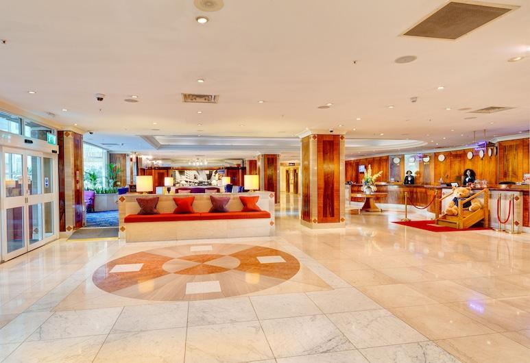 Copthorne Tara Hotel London Kensington, London, Lobby