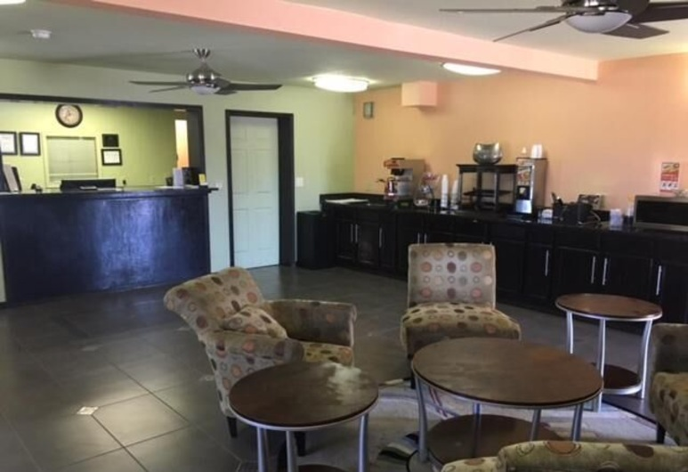 Econo Lodge Inn & Suites, Enid, Vestibils