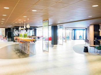 Book this Parking available Hotel in Badhoevedorp