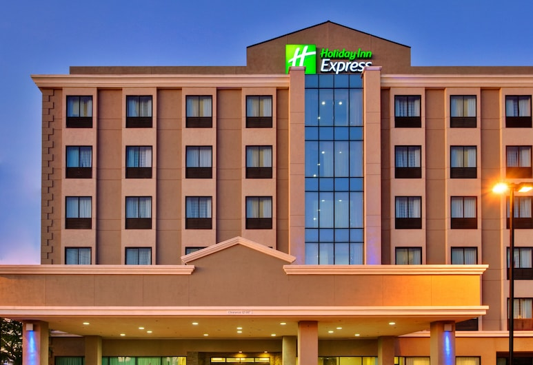 Holiday Inn Express Los Angeles Airport, Los Angeles