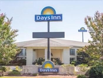 Picture of Days Inn Spartanburg Waccamaw in Spartanburg